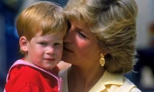 Απίστευτη αποκάλυψη για την Diana: «Πήδηξε από το μπαλκόνι για να…»