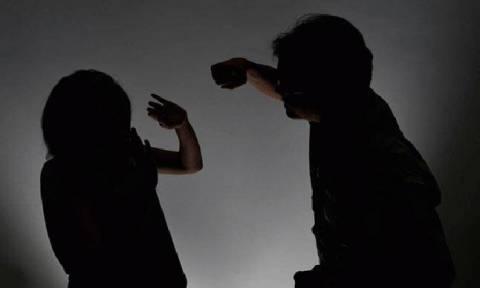 Το βίντεο της απόλυτης διαστροφής: «Άμα ο άντρας δε δέρνει τη γυναίκα του δεν είναι άντρας»