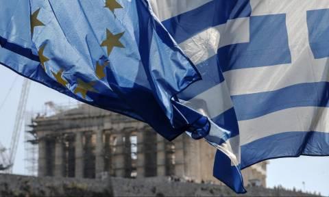 FT για έξοδο στις αγορές: Θετικό βήμα αλλά όχι πανάκεια
