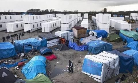 Καταγγελίες σοκ για χρήση αστυνομικής βίας κατά προσφύγων στο Καλαί