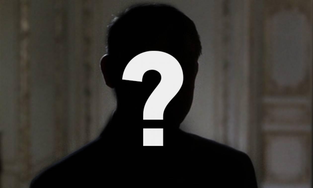 Έρχονται «βραχιολάκια» για τον πασίγνωστο επιχειρηματία χωρίς... επιχείρηση