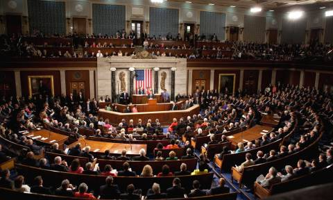 US healthcare: Senate 'skinny repeal' bill fails