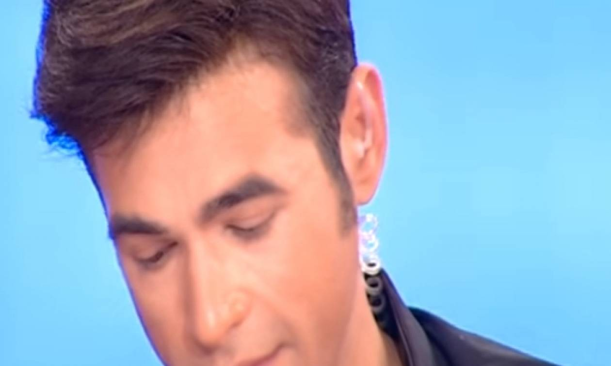 Τελείωσε η εκπομπή του! Γιατί έκλαψε στο «αντίο» ο Μένιος Φουρθιώτης; (video)