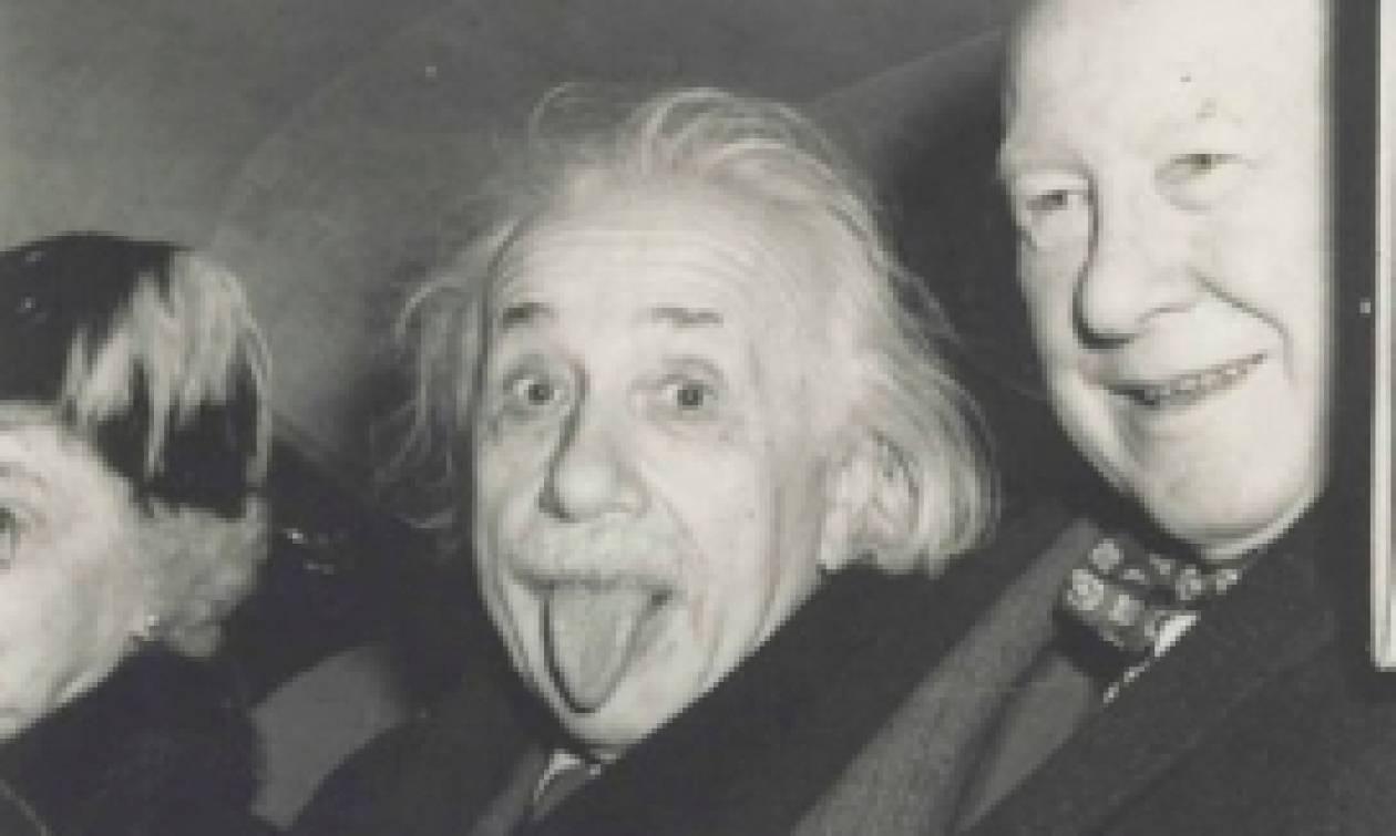 Πουλήθηκε έναντι 125.000 δολαρίων η θρυλική φωτογραφία του Αϊνστάιν… με τη γλώσσα έξω (photo)