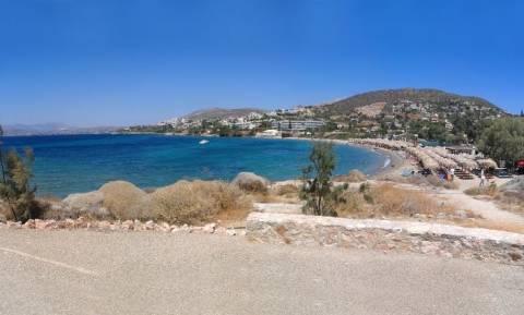 Συναγερμός στην παραλία «Μαύρο Λιθάρι» της Αττικής