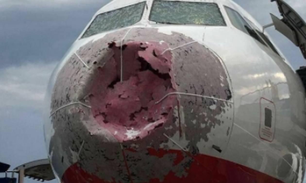 Πιλότος «ήρωας» έσωσε 121 επιβάτες – Χαλάζι προκάλεσε ζημιές στο μπροστινό μέρος (pics)