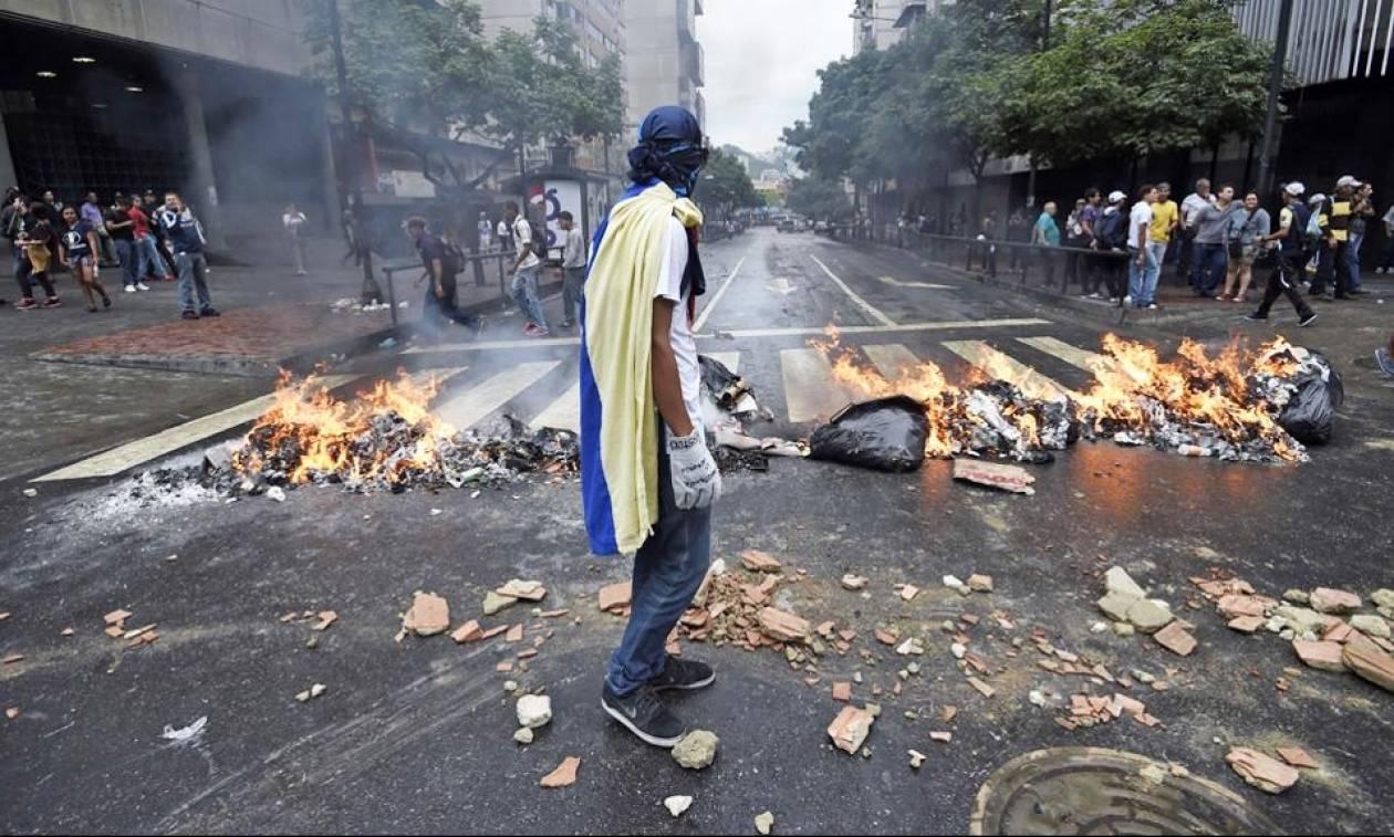 Βενεζουέλα: Διεθνής κατακραυγή για την εκλεγμένη Συντακτική Συνέλευση εν μέσω βίας