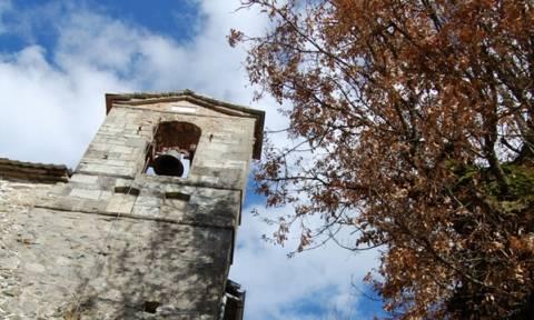 Ο ναός της Κοιμήσεως της Παναγίας Γράμμουστας λειτουργεί μετά από 77 χρόνια