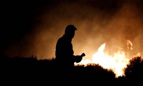 Φωτιά ΤΩΡΑ: Δύσκολη νύχτα στη Μυτιλήνη - «Πρόκειται για εμπρησμό»