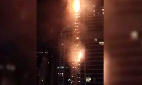 ΕΚΤΑΚΤΟ: Μεγάλη πυρκαγιά σε ουρανοξύστη του Ντουμπάι (vids)