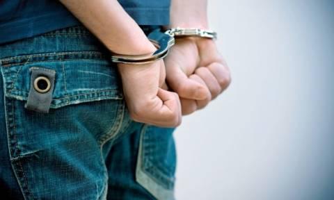 Μεγάλη επιχείρηση της Αστυνομίας στο Αιτωλικό - Χειροπέδες σε τρεις