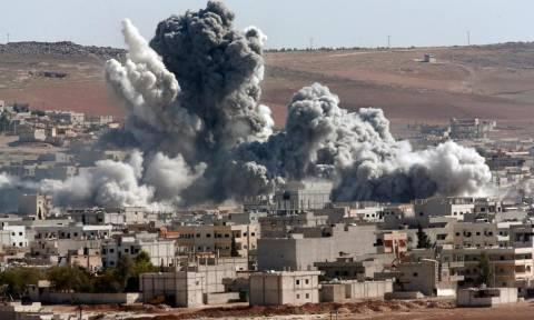 Συρία: 29 νεκροί σε αεροπορικά πλήγματα του διεθνούς συνασπισμού στη Ράκα