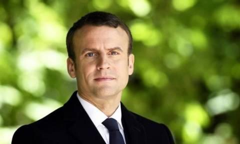Γαλλία: Ο Μακρόν συνεχάρη τις δυνάμεις ασφαλείας για την σύλληψη του δράστη της επίθεσης