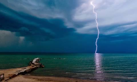 Καιρός - ΕΜΥ: Έκτακτο δελτίο - Ξεχάστε το καλοκαίρι το Σαββατοκύριακο: Έρχονται ισχυρά φαινόμενα