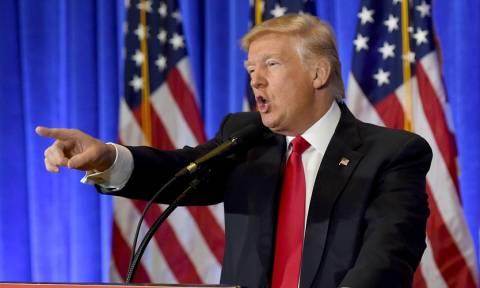 Ο Τραμπ στρέφεται κατά της Κίνας για ζητήματα πνευματικής ιδιοκτησίας