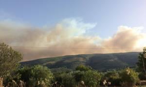 Η Ζάκυνθος φλέγεται ξανά - Κόλαση από δύο μεγάλες πυρκαγιές