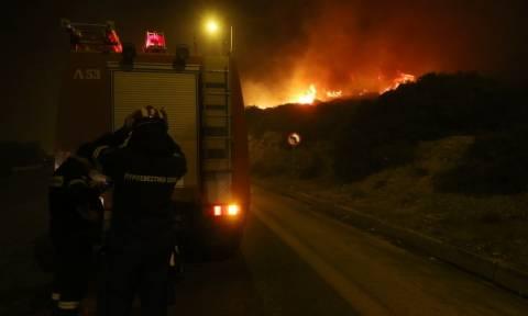 Φωτιά Κάλαμος - Έκκληση του δημάρχου Ωρωπού: Να εκκενωθούν οι Άγιοι Απόστολοι - Θα θρηνήσουμε θύματα