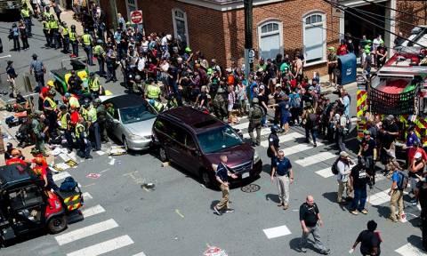ΗΠΑ - Μάικ Πενς: Καμία ανοχή «στο μίσος και τη βία των ακροδεξιών» δηλώνει ο Αμερικανός αντιπρόεδρος