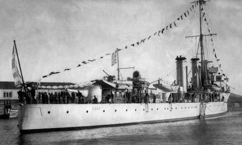Σαν σήμερα το 1940 το καταδρομικό «Έλλη» τορπιλίζεται απ' τους Ιταλούς στην Τήνο