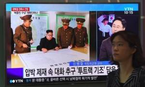 Αντίστροφη μέτρηση: Ο Κιμ Γιονγκ Ουν ενημερώθηκε για το σχέδιο επίθεσης κατά των ΗΠΑ (Pics+Vids)