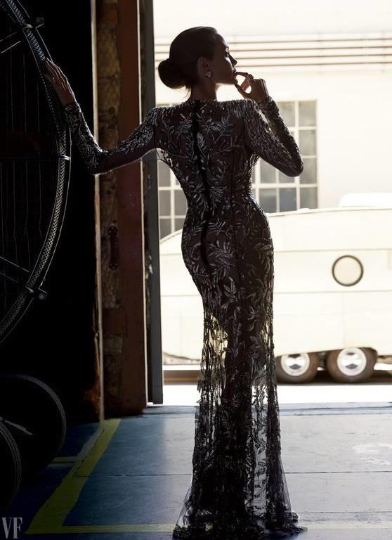 Αυτή είναι η νέα εντυπωσιακή φωτογράφηση της Αντζελίνα Τζολί που θα συζητηθεί (Pics)