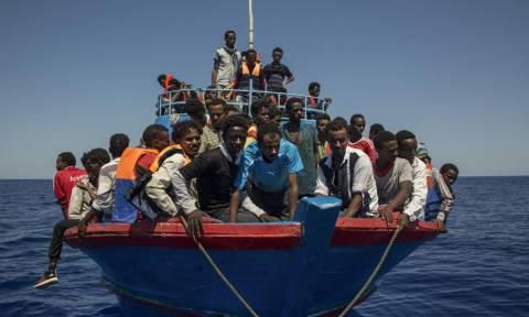 Ισπανία: 339 μετανάστες διασώθηκαν στη θάλασσα
