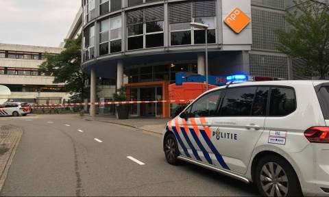 Συναγερμός στην Ολλανδία: Ένοπλος κρατά ομήρους σε ραδιοφωνικό σταθμό (Pics)