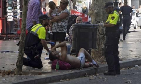 Τρομοκρατική επίθεση Βαρκελώνη: Αιματοκύλησαν τη «Las Ramblas» - Εικόνες φρίκης από το χτύπημα