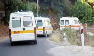 Σφοδρή σύγκρουση λεωφορείου με δυο αυτοκίνητα στην Κρήτη - Νεκρός ο ένας οδηγός