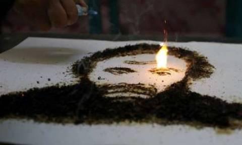 Συγκλονιστικές εικόνες: Πορτρέτα από καπνό