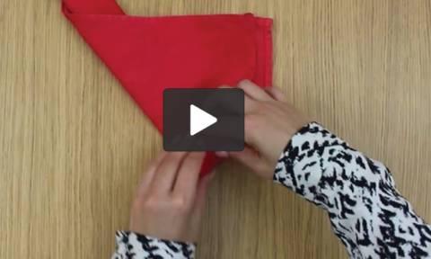 Πώς να μετατρέψετε μια πετσέτα σε... τριαντάφυλλο σε λίγα δευτερόλεπτα (video)