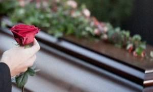 Χαμός σε κηδεία στη Φθιώτιδα – Ξέθαψαν νεκρό γιατί…