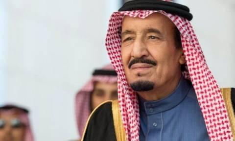 Είναι βασιλιάς και… δεν το κρύβει: Ξόδεψε 100 εκατομμύρια δολάρια για ένα μήνα διακοπών!