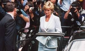 Γιατί δεν φόραγε ζώνη ασφαλείας η πριγκίπισσα Νταϊάνα; - Τα «καυτά» ερωτήματα της αδελφής της