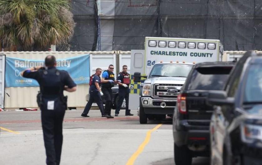 Συναγερμός στις ΗΠΑ: Πυροβολισμοί στο Τσάρλεστον (pics+vid)