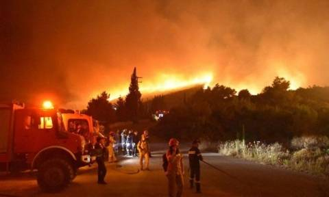 Φωτιά Ζάκυνθος: «Είναι έργο εμπρηστών», λέει ο δήμαρχος