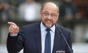Σουλτς: Δε με νοιάζει να με ψηφίσουν οι Τούρκοι της Γερμανίας - Ως πότε θα ανεχόμαστε τον Ερντογάν;