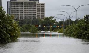 Τυφώνας Χάρβεϊ: Το Τέξας πριν και μετά τις πλημμύρες - Συγκλονιστικές εικόνες