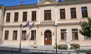 Απίστευτο περιστατικό στη Βέροια: Το ανδρικό εσώρουχο στο Δημαρχείο και τα… (Pics)