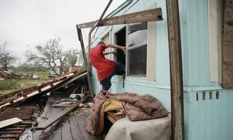 ΗΠΑ: Έως και 40.000 σπίτια έχουν «χτυπηθεί» από την τροπική καταιγίδα Χάρβεϊ