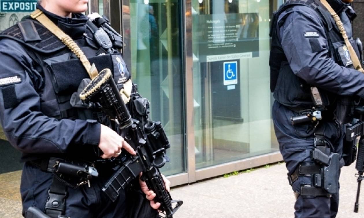 Η «τρομοφοβία» κυριεύει την Ευρώπη: Ζαρντινιέρες – γίγαντες ενάντια στα φορτηγά των τζιχαντιστών