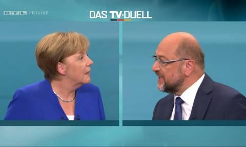 Ντιμπέιτ – Γερμανικές Εκλογές: «Ο Σουλτς δεν κατάφερε να διαπεράσει την πανοπλία της Μέρκελ» (Vids)