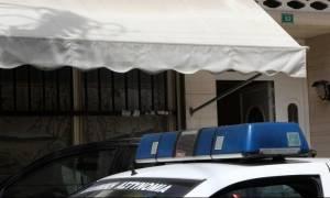 Πετρούπολη: Για ανθρωποκτονία από πρόθεση κατηγορείται ο 55χρονος μετά τον θάνατο της 18χρονης