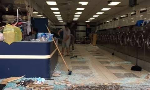 ΗΠΑ: Έκανε όπισθεν και... εισέβαλε σε κατάστημα με πλυντήρια! (vid)