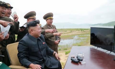 Τραβάει το «σχοινί» ο Κιμ Γιονγκ Ουν: Έχουμε κι άλλα «δωράκια» για τις ΗΠΑ