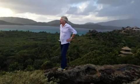 Τυφώνας Ίρμα: Αρνείται να εγκαταλείψει το ιδιωτικό του νησί ο Ρίτσαρντ Μπράνσον (pics)