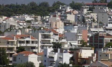 Σε αδιέξοδο οι Έλληνες λόγω... ΕΝΦΙΑ: «Ξεφορτώνονται» τις περιουσίες τους για να γλιτώσουν το φόρο!