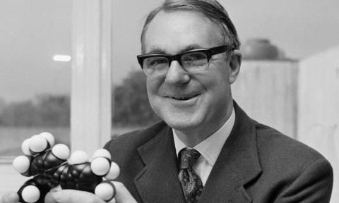 Sir John Cornforth: Το doodle της Google για τον σπουδαίο Αυστραλό χημικό