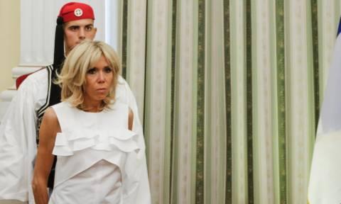 Η Μπριζίτ και ο τσολιάς! Το γύρο του διαδικτύου κάνουν οι φωτογραφίες από το Προεδρικό Μέγαρο