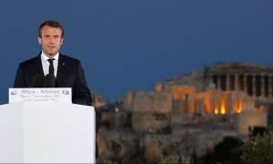 Ο ξένος Τύπος για την επίσκεψη Μακρόν στην Ελλάδα – Τι γράφουν τα διεθνή ΜΜΕ